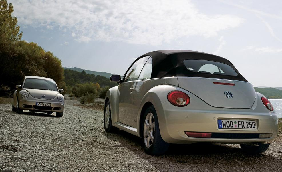 2-2005-volkswagen-new-beetle-coupe-and-convertible